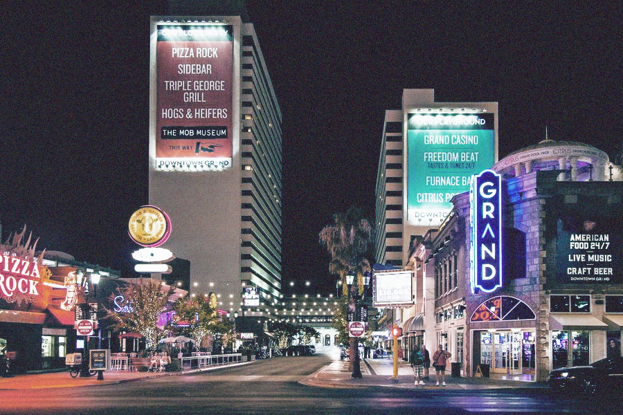 Downtown Grand Hotel & Casino - Official LIFE IS BEAUTIFUL Hotel Partner
